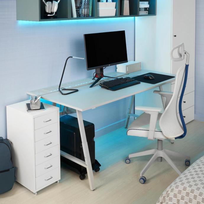 Ikea Gamer Setup
