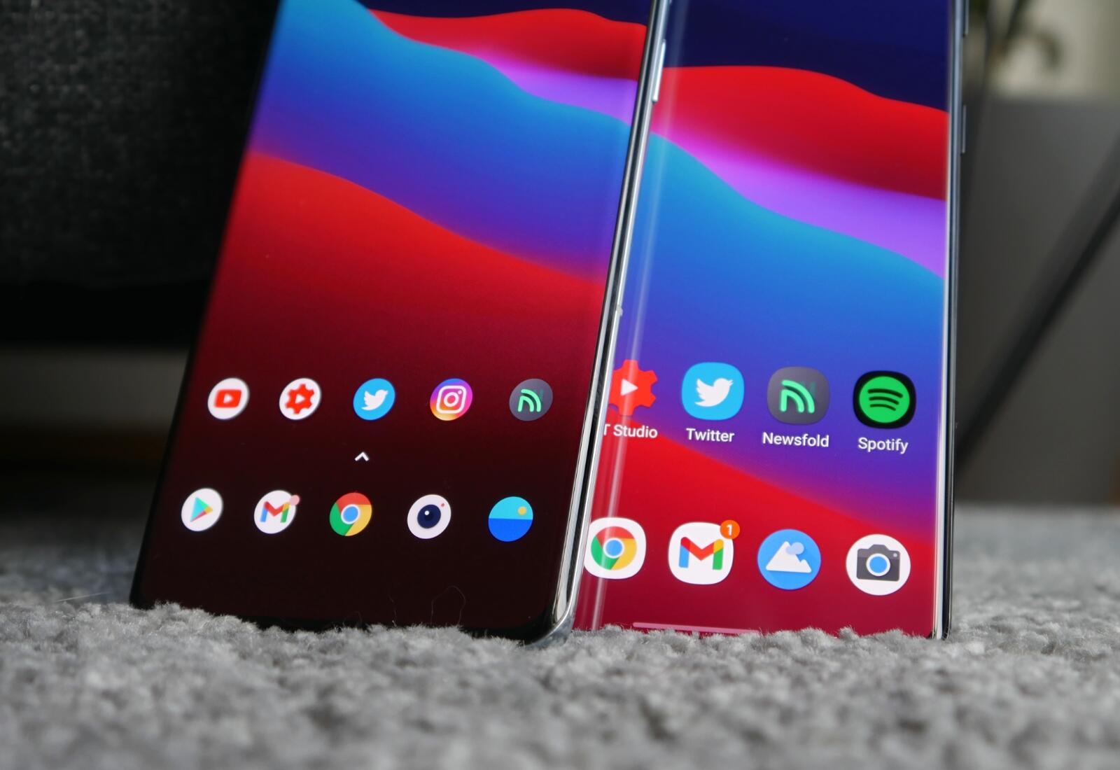 Samsung Galaxy S21 Ultra Oneplus 9 Pro Detail