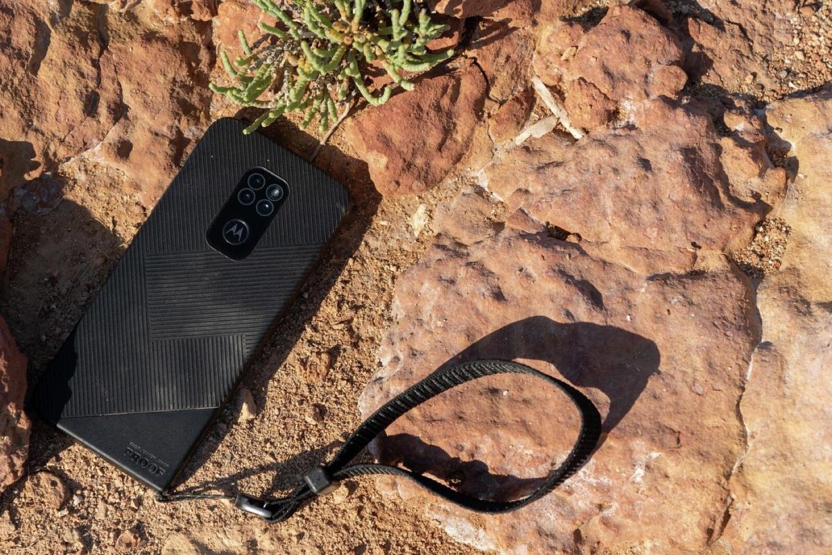 Motorola Defy Lifestyle2