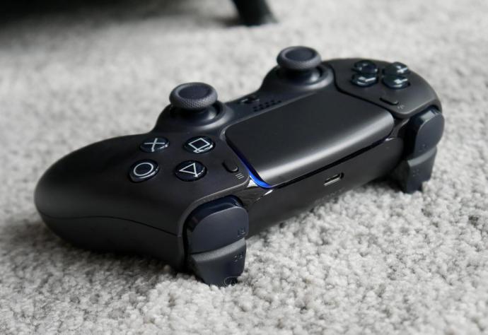Playstation 5 Dualsense Schwarz Header