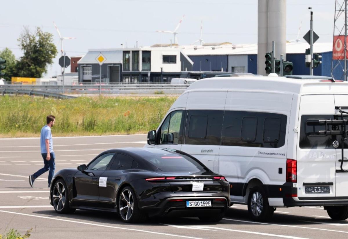 Porsche Vodafone Here