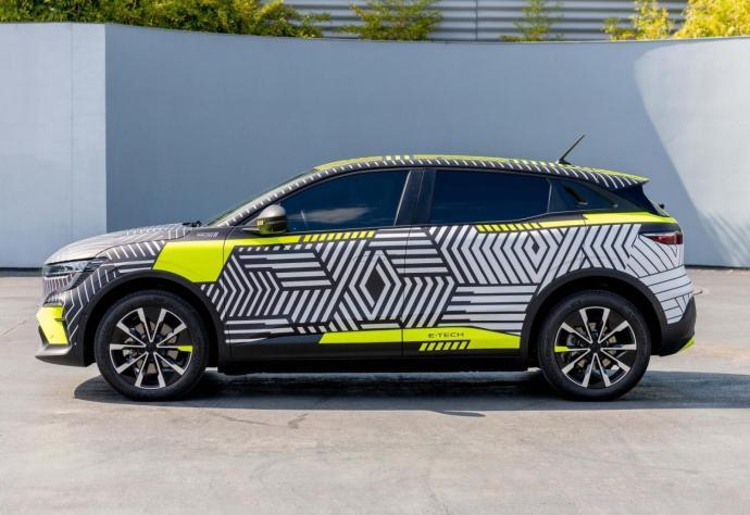 Renault Megane E Tech Electric Prototyp Seite