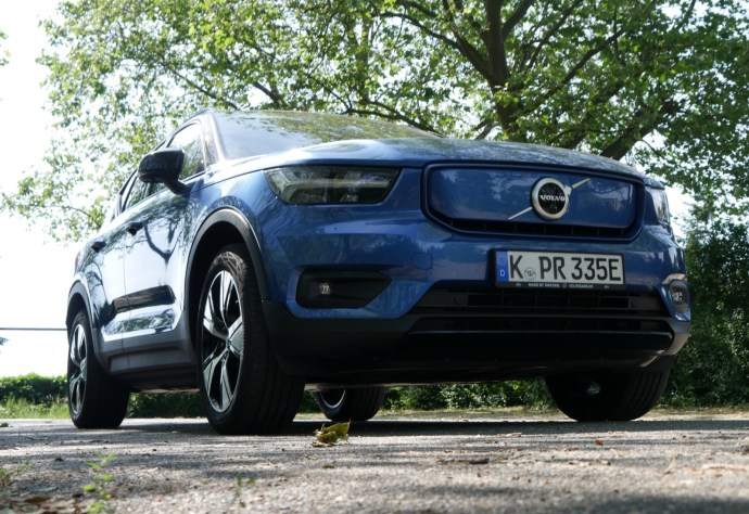 Volvo Xc40 Recharge Pure Electric Front