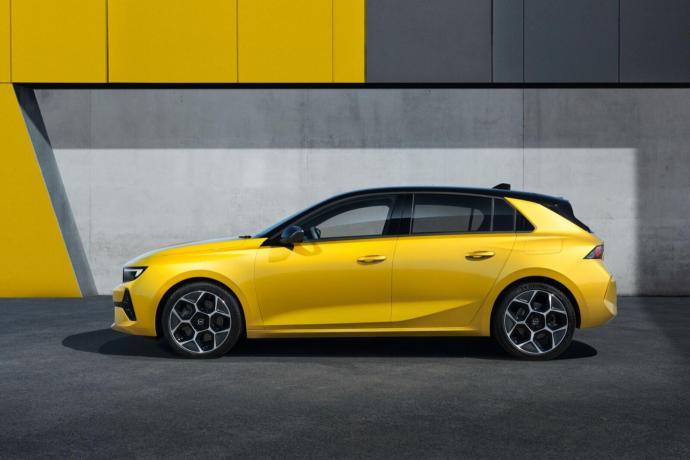 10 Opel Astra 516131