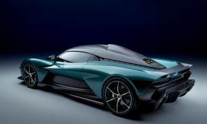 Aston Martin Valhalla Heck