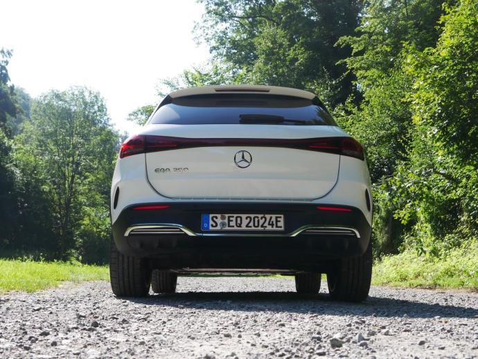 Mercedes Benz Eqa Heck