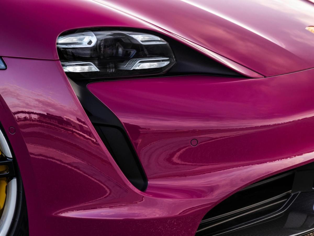 Porsche Taycan Detail Header