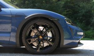 Porsche Taycan Cross Turismo Detail