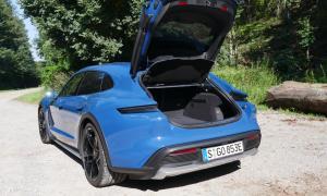 Porsche Taycan Cross Turismo Kofferraum