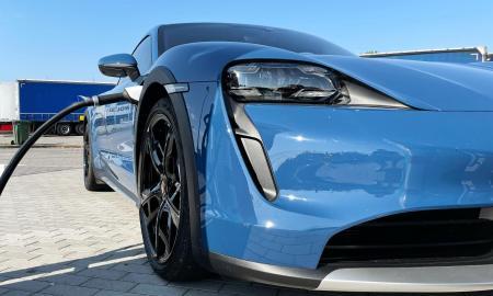 Porsche Taycan Elektro Laden Header