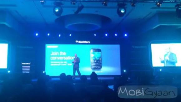 blackberry-curve-9220-launch