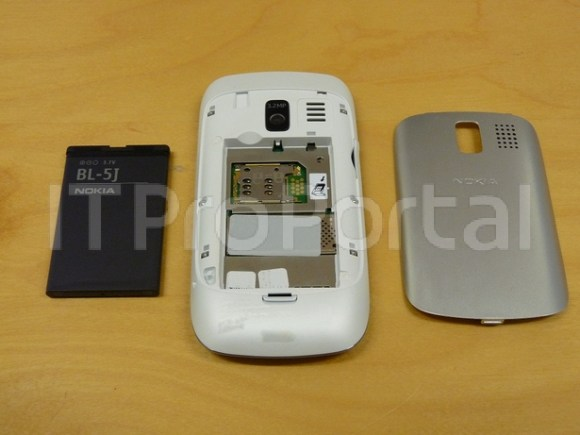 Nokia-302-leaked-7