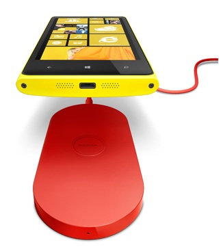 Nokia-Lumia-820-Charging-Pad-Leak-1