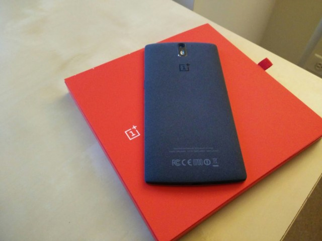OnePlus-One-without-Cyanogen-e1422682822911