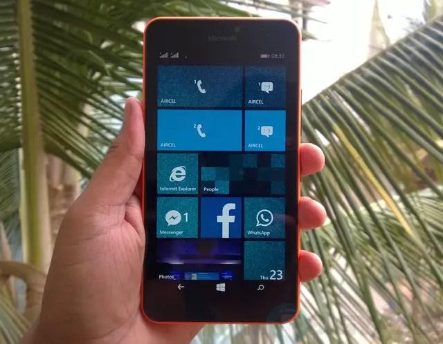 Microsoft-Lumia-640-XL-Dual-SIM-Review-4