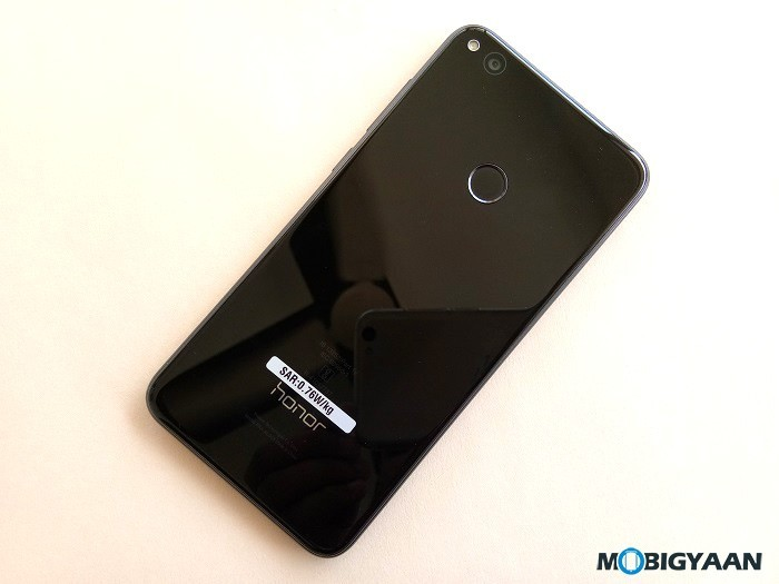 Honor-8-Lite-Hands-on-Images-11