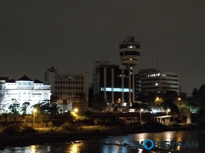 oneplus-5-review-camera-samples-night-13-2x-zoom-non-hdr