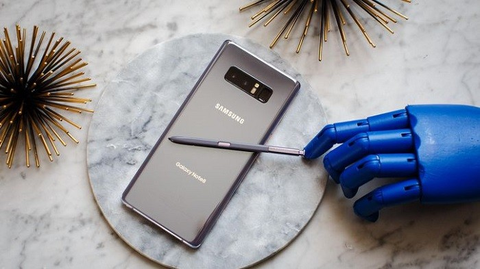 Reasons You Shouldn't Buy or Upgrade to the Galaxy S9 now