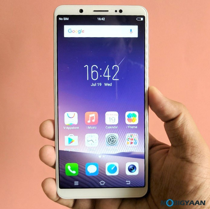 Vivo-V7-Plus-Hands-on-Images-Review-Selfie-Phone-12