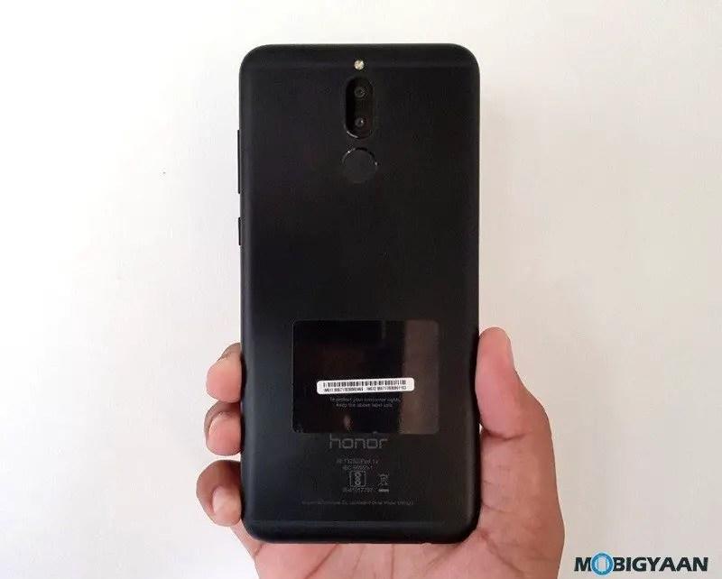Honor-9i-hands-on-Review-Images-Quad-Cameras-1-e1507897333111