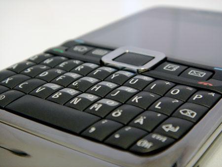 Nokia E71 QWERTY-näppäimistö