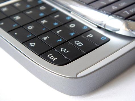 Nokia E75 QWERTY