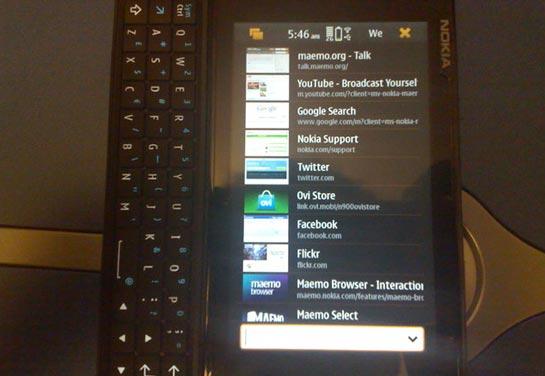 N900 pystytila