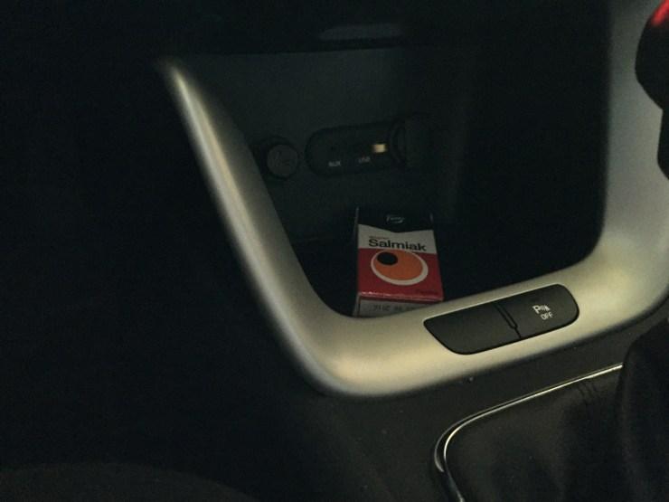 iPhone 6 kamera, auton sisällä