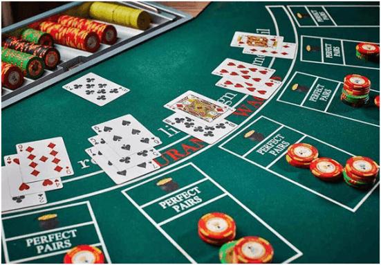 Du kan till och med lära dig att spela Blackjack