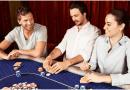 Prova på poker med egen dealer och eget pokerbord!