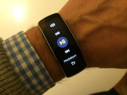 Samsung Galaxy Fit (17)