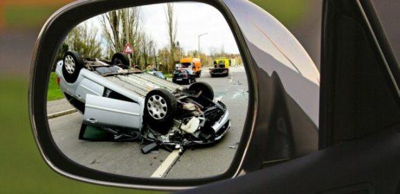 Autoversicherung wechseln und Geld sparen: So geht's