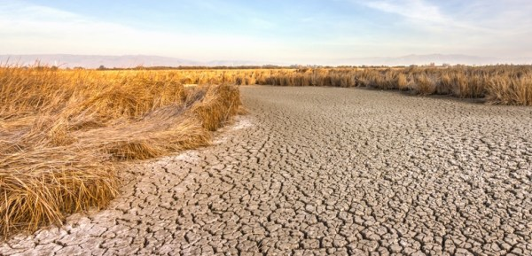 drought-in-california-view