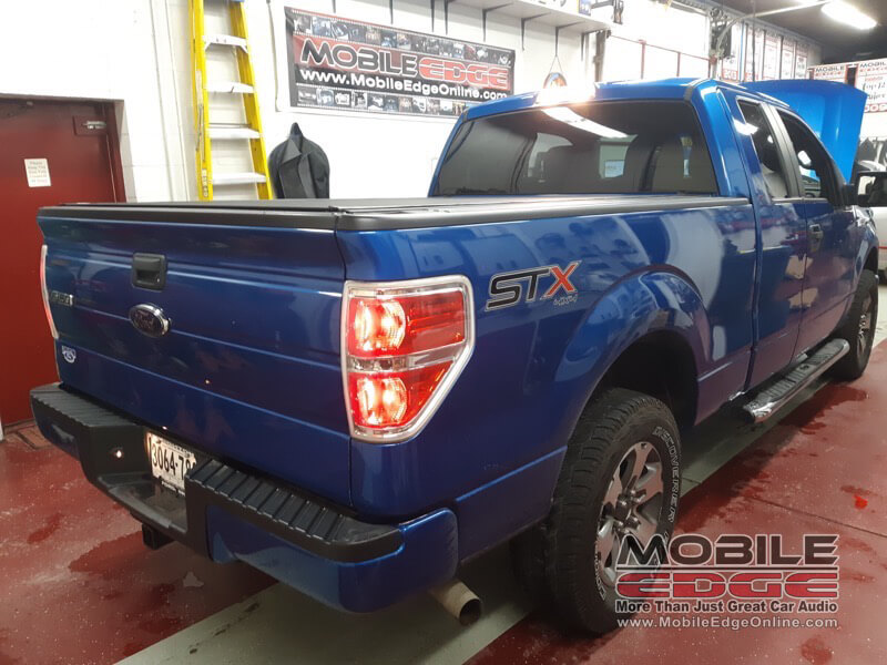 2014 ford f150 gets window tint and bed