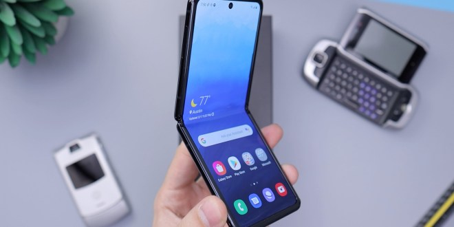 Foldable Smartphones By Samsung Are the New Cool in 2021
