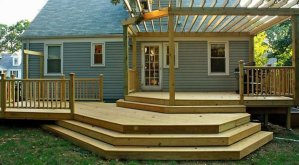 A mobile home deck with multiple levels
