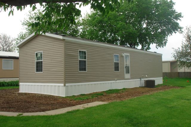 Vinyl siding for mobile homes