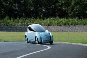 Nissan-Land-Glider-Concept-6 Nissan-Land-Glider-Concept-6