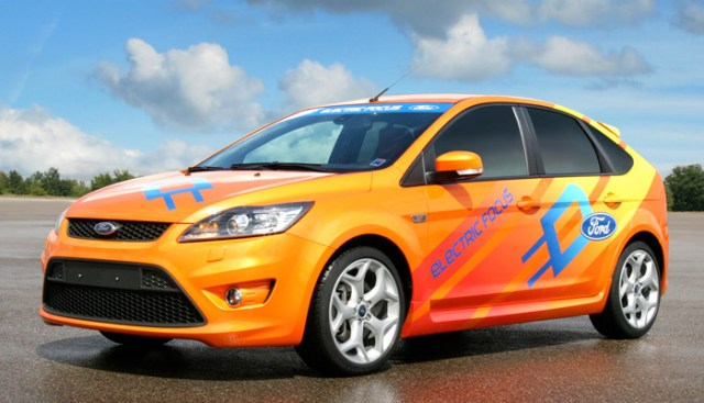 The Focus Electric will be the first Ford vehicle using the Microsoft Hohm energy management application via a joint solution from Ford and Microsoft Hohm. Ford is the first automaker announcing the use of Microsoft Hohm.