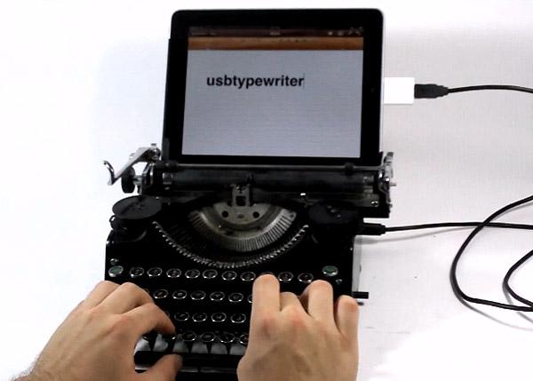 USB Typewriter hooked up to the iPad
