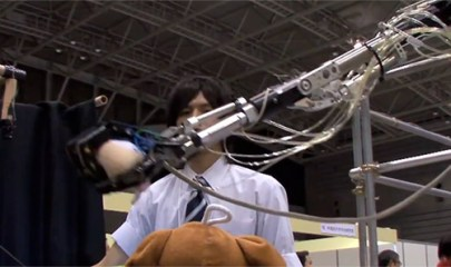 robot-arm-gesture