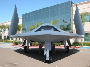 northrop-grumman-x-47b-first-flight-11 northrop-grumman-x-47b-first-flight-11