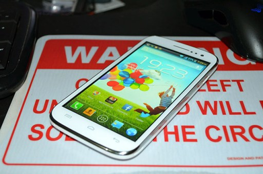 MyPhone A919i Duo Wide Angle Shot