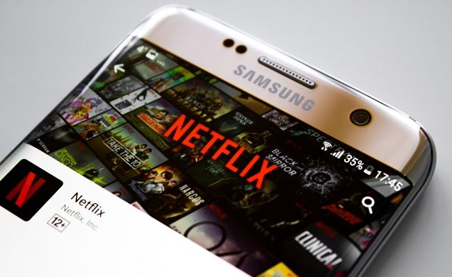 Netflix pushes mobile-only plans further afield