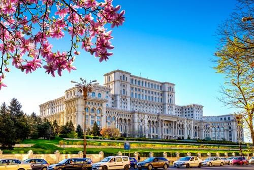 Orange Romania adds money transfers - Mobile World Live