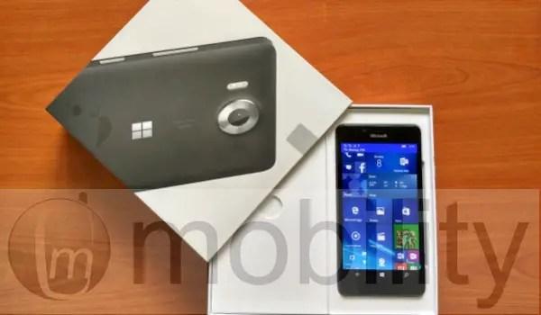 Lumia 950 Review - lumia950 pack