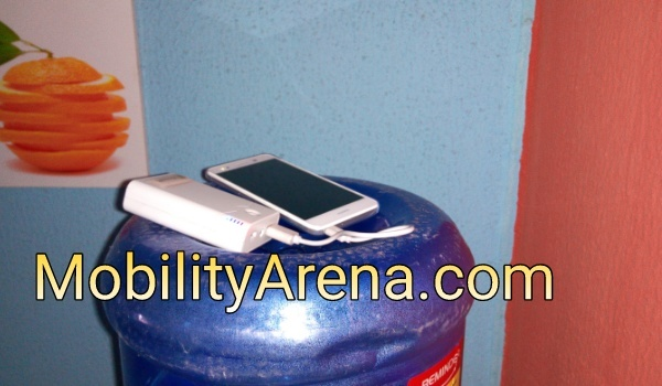 smartphone corner stable network signal