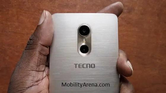 tecno-phantom-6-in-hand-rear-cameras-min