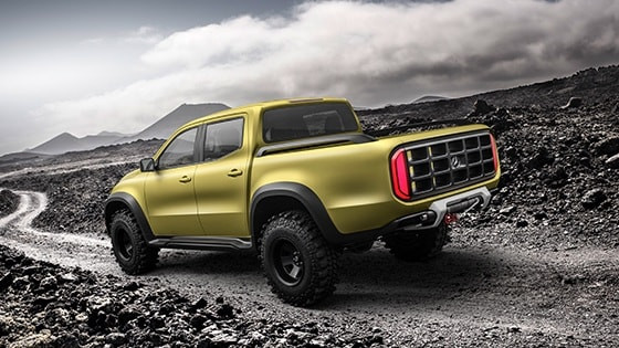 Mercedes-Benz pickup - Concept X-CLASS -rear-side-2