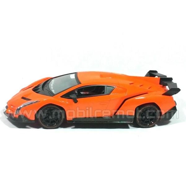 Lamborghini Veneno Super RC Car Side
